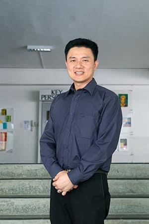 """يقول توه تيام تشاي، مدير المدرسة الأميرالية: """"ما يتعين علينا القيام به هو أن نكون في الطليعة"""". المصدر: يلفريد ليم."""