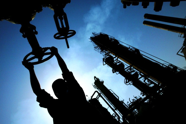 قراءة في النزاع النفطي بين الحكومة الاتحادية وحكومة إقليم كردستان