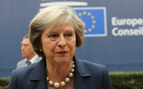 وداعاً للاتحاد الأوروبي: تيريزا ماي في قمة الاتحاد الأوروبي في بروكسل، تشرين الأول 2016.
