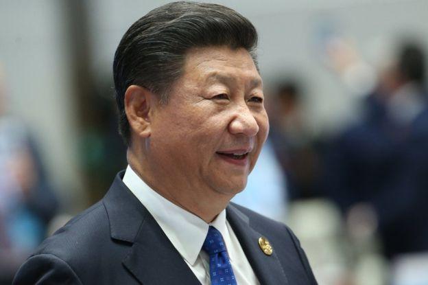 السيد شي الأمين العام للحزب الشيوعي الحالي ومن المتوقع أن يحتفظ بهذا المنصب
